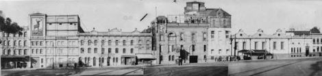 Toohey's Standard (formerly Albion) Brewery in Elizabeth Street (between Albion & Foveaux) The tram signal box is visible just right of centre
